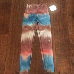 Beyond yoga leggings size S